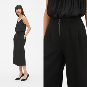 GAP High Rise Cropped Wide-Leg Pants in Twill